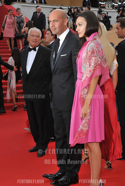 "Billy Zane & date at the premiere of ""Poetry"" at the 63rd Festival de Cannes..May 19, 2010  Cannes, France.Picture: Paul Smith / Featureflash"