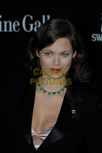 JASMINE GUINNESS .Serpentine Gallery Summer Party, .Kensington Park Gardens,.London, England, 11th July 2007..portrait headshot red lipstick green necklace.CAP/PL.©Phil Loftus/Capital Pictures