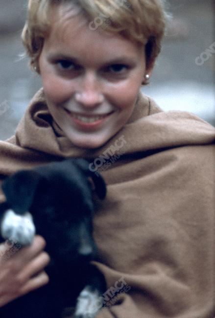Mia Farrow, Maharishi Mahesh Yogi's ashram.Rishikesh, India, January 1968