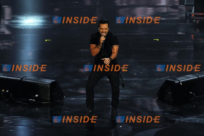 Luis Fonsi<br /> Verona 05-06-2017 Arena <br /> Wind Music Awards 2017 <br /> Foto Alberto Anello/Photoring/Insidefoto