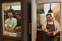 Europe/France/Bretagne/56/Morbihan/Vannes:  Thierry Séchelles - Restaurant Le Roscanvec  en cuisine