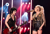 NASHVILLE, TENNESSEE - JUNE 07: Joan Jett and Carrie Underwood perform on stage during day 2 of 2019 CMA Music Festival on June 07, 2019 in Nashville, Tennessee. <br /> CAP/MPI/IS/AW<br /> ©MPIIS/AW/Capital Pictures