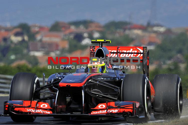 25. - 28.07.2013, Hungaroring, Budapest, HUN, F1, Grosser Preis von Ungarn, Hungaroring, im Bild  Sergio Perez (MEX)  McLaren F1 Team  <br />  Foto &not;&copy; nph / Mathis