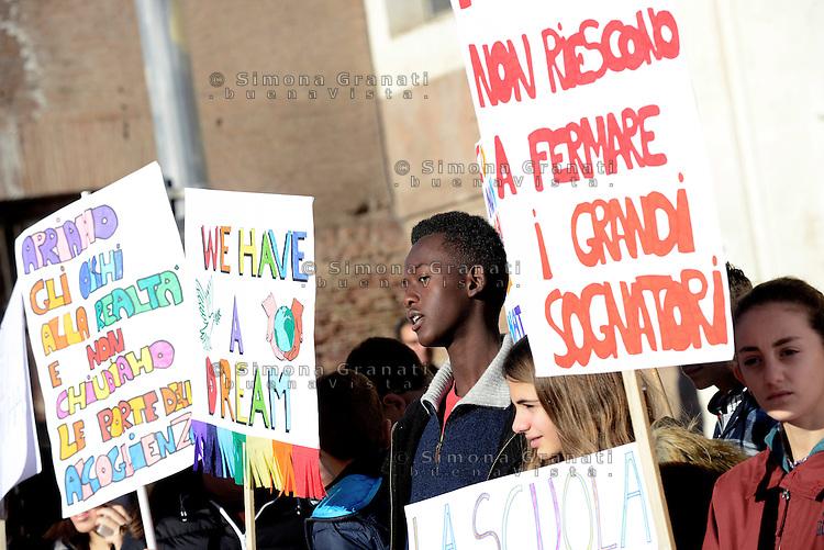 Roma, 17 Dicembre 2016<br /> Proteggiamo le persone, non i confini. Manifestazione per una degna accoglienza di migranti e rifugiati
