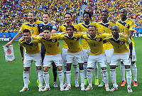 BRASILIA - BRASIL -19-06-2014. Jugadores de Colombia (COL) posan para una foto de grupo previo al partido del Grupo C contra Costa de Marfil (CIV) por la Copa Mundial de la FIFA Brasil 2014 jugado en el estadio Mané Garricha de Brasilia./ Players of Colombia (COL) pose to a photo prior the Group C match against Ivory Coast (CIV) for the 2014 FIFA World Cup Brazil played at Mane Garricha stadium in Brasilia. Photo: VizzorImage / Alfredo Gutiérrez / Contribuidor