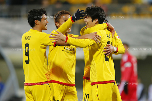 (L-R) Masato Kudo,  Kim Chang Soo (Reysol), March 3, 2015 - Football / Soccer : Kim Chang Soo of Reysol celebrates after scoring team's third goal against Binh Duong during the 2015 AFC Champions League Group E match between Kashiwa Reysol 5-1 Binh Duong at Hitachi Kashiwa Stadium in Chiba, Japan. (Photo by Yusuke Nakanishi/AFLO SPORT) [1090]
