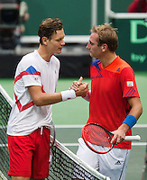 02-02-14,Czech Republic, Ostrava, Cez Arena, Davis Cup Czech Republic vs Netherlands, ,   Thiemo de Bakker (NED) (R) congratulates  Tomas Berdych (CZE) with his victory<br /> Photo: Henk Koster