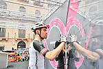 Defending Champion Tom Dumoulin (NED) Team Sunweb signs on before the start of Stage 6 of the 2018 Giro d'Italia, running 169km from Caltanissetta to the Etna (Osservatorio Astrofisico) marks the first mountain finish of the race finishing on the Osservatorio Astrofisico climb for the first time in race's history, Sicily, Italy. 10th May 2018.<br /> Picture: LaPresse/Massimo Paolone | Cyclefile<br /> <br /> <br /> All photos usage must carry mandatory copyright credit (&copy; Cyclefile | LaPresse/Massimo Paolone)