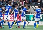 AMSTELVEEN -  Philip Meulenbroek (Kampong) heeft gescoord,   tijdens de  eerste finalewedstrijd van de play-offs om de landtitel in het Wagener Stadion, tussen Amsterdam en Kampong. COPYRIGHT KOEN SUYK