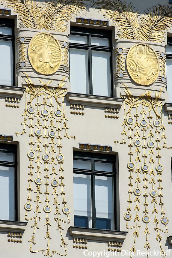 Wienzeilenh&auml;user - Jugendstilhaus von Otto Wagner, Linle Wienzeile 38, Wien, &Ouml;sterreich, UNESCO-Weltkulturerbe<br /> Art Nouveau Wienzeilen-houses, Linke Wienzeile 38, Vienna, Austria, world heritage
