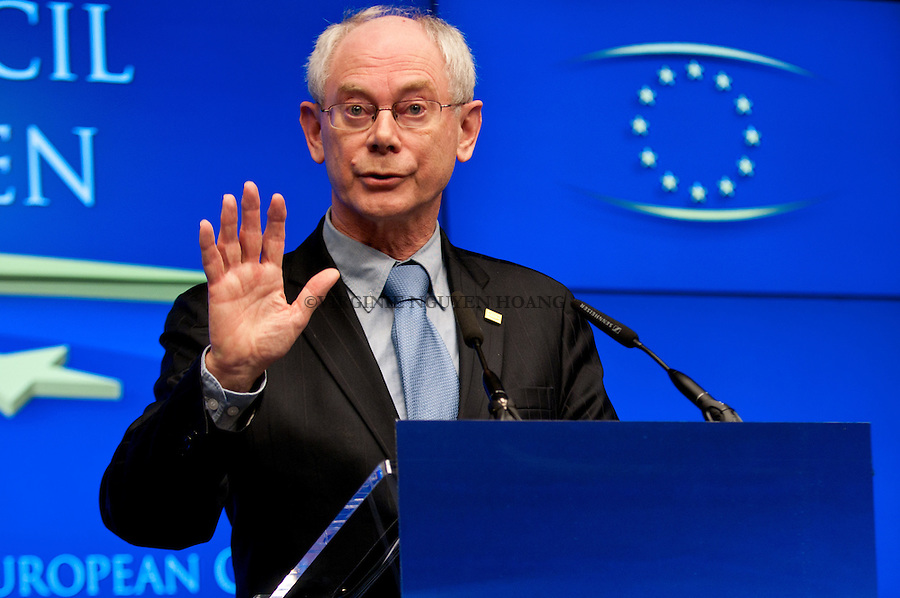 ©VIRGINIE NGUYEN HOANG/WOSTOK PRESS.Belgique, Bruxelles.25/03/2011.?Herman Van Rompuy , president du COnseil europeen, à la Conference de presse du Sommet européen à Bruxelles..Herman Van Rompuy  President of the European Council, at the press conference of the European summit in Brussels