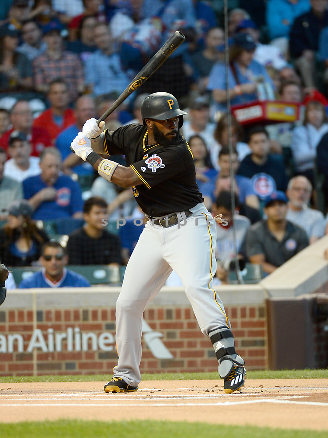 Pittsburgh Pirates Josh Harrison (5) game against the Chicago Cubs on August 31, 2016 at Wrigley Field in Chicago, IL. The Cubs beat the Pirates 6-5.