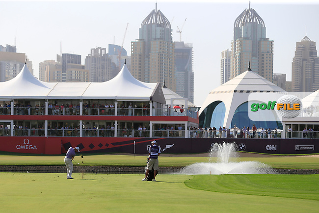 Bradley Dredge (WAL) on the 18th during Round 4 of the Omega Dubai Desert Classic, Emirates Golf Club, Dubai,  United Arab Emirates. 27/01/2019<br /> Picture: Golffile | Thos Caffrey<br /> <br /> <br /> All photo usage must carry mandatory copyright credit (&copy; Golffile | Thos Caffrey)