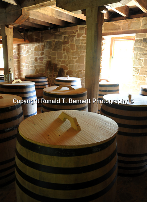 Whiskey barrels, Grist mill, George Washington Grist Mill, George Washington Whiskey distillery,Whiskey distillery, whiskey, Virginia,American State, Atlantic Coast, Southern United State, birthplace of eight US Presidents, Richmond, Fairfax County, Chesapeake Bay, Virginia Beach, Virginia Colony, 1607, Thhirteen Colonies, American Revolution, Confederacy, American civil war, Shenandoah Valley, The Pentagon, Northern Virginia, thirty-fifth largest state, Potomac River, skyline drive, Geat Appalachia valley, coal, slate, kyanite, Blue Ridge Mountains, Shenandoah valley, near Washington DC, Great Falls,