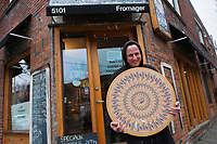Amérique/Amérique du Nord/Canada/Québec/Montréal: André Piché,le fromager du Mont Royal, Fromagerie: Maitre Corbeau [Non destiné à un usage publicitaire - Not intended for an advertising use]