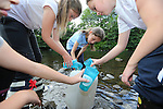 Coychurch Llangrallo Primary School visit to Welsh water Education Centre in Cilfynydd.<br /> 11.07.14<br /> &copy;Steve Pope-FOTOWALES