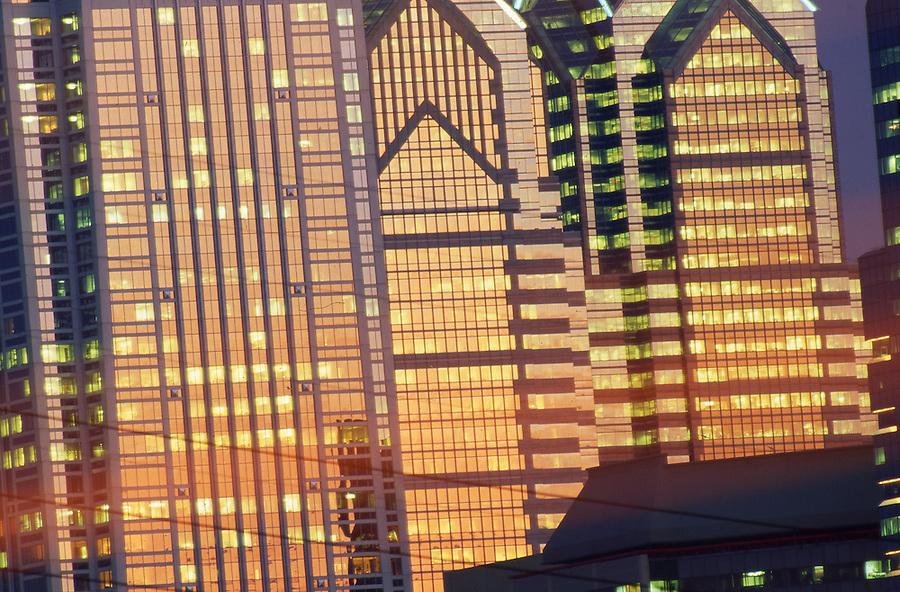 Philadelphia skyline, Sunset Reflects on Glass of Skyscrapers