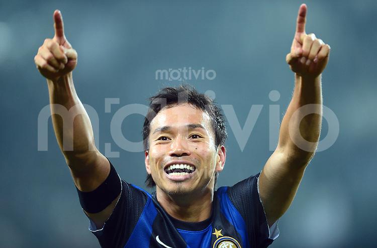 FUSSBALL INTERNATIONAL   SERIE A   SAISON 2012/2013    Juventus Turin - Inter Mailand   03.11.2012 Jubel Yuto Nagatomo (Inter Mailand)