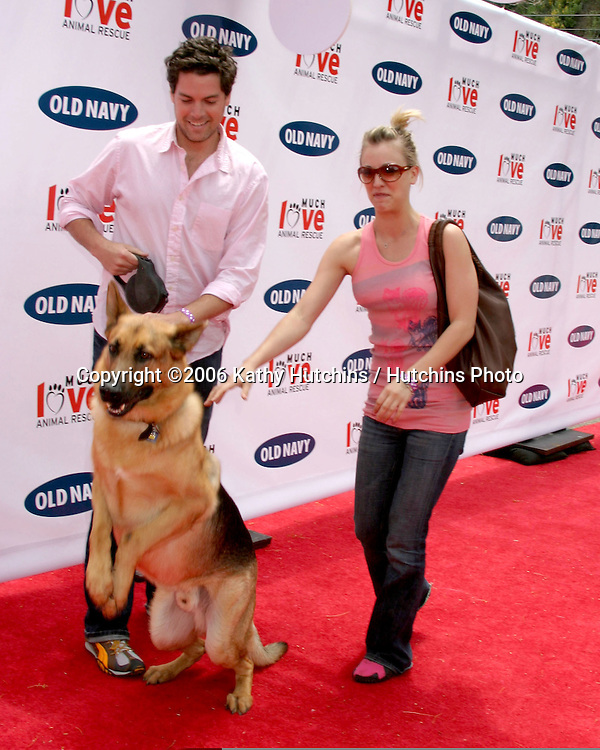 Jaron Lowenstein.Kaley Cuoco, and their dog Zeus.Much Love Animal Rescue Event.Los Angeles, CA.April 29, 2006.©2006 Kathy Hutchins / Hutchins Photo..