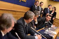Roma, 2 Marzo 2016<br /> Roma, 2 Mar 2016<br /> Conferenza stampa del Segretario del Sindacato Autonomo di Polizia<br /> La conferenza stampa alla Camera di Gianni Tonelli, Segretario del SAP (Sindacato Autonomo di Polizia), da pi&ugrave; di 40 giorni in sciopero della fame per protestare contro i tagli del Governo alle forze dell'ordine, nella foto da sinistra Maurizio Gasparri, Renato Brunetta, Elio Vito, Gianni Tonelli, Matteo Salvini e Fabio Rampelli
