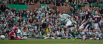 Gary Hooper scores for Celtic