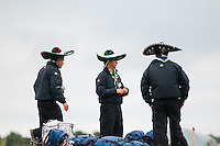 Three scouts from mexico with their traditional hats, has just arrived and put their bags down at Spring. Photo: Audun Ingebrigtsen/Scouterna