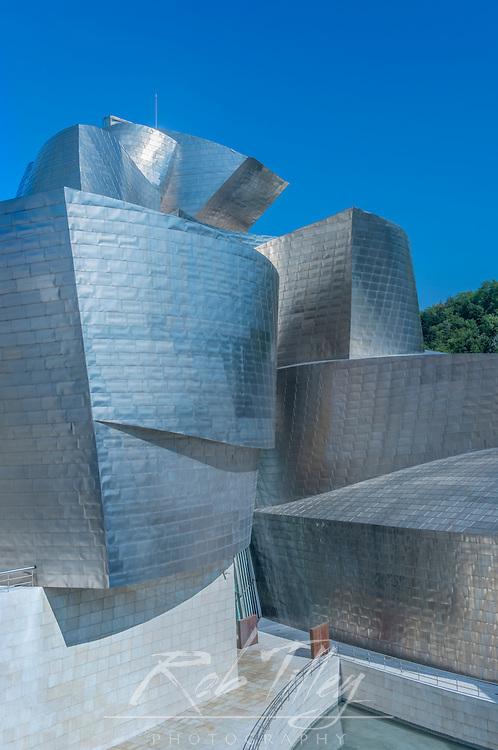Spain, Bilbao, Guggenheim Museum Bilbao