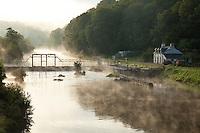 France, Morbihan (56), vallée du Blavet, Bieuzy-les-Eaux, lieu-dit Rimaison, écluse sur le Blavet // France, Morbihan, Blavet Valley, Bieuzy-les-Eaux, locality Rimaison, lock on Blavet