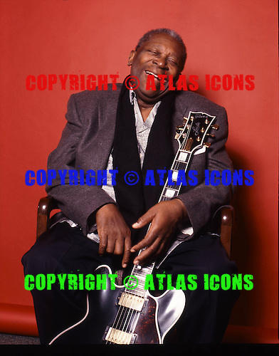 BB KING, LOCATION, 1999, NEIL ZLOZOWER,