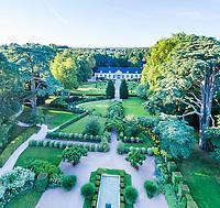 France, Loir-et-Cher (41), Cheverny, château de Cheverny, l'orangerie (vue aérienne)