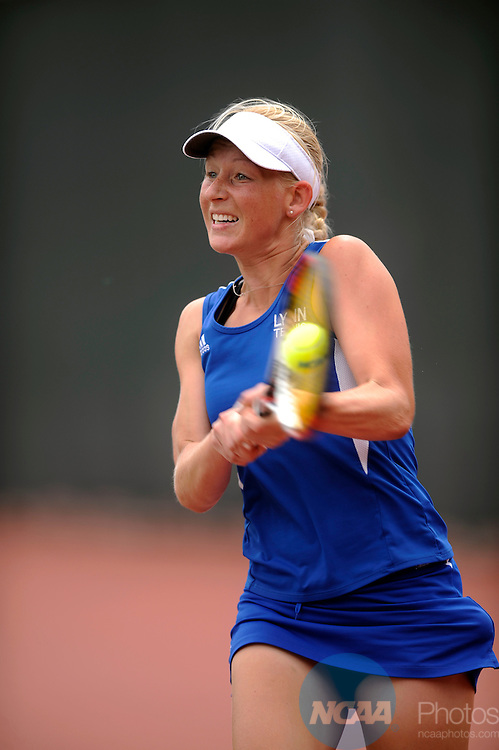 May 17 2008: Victoria Weltz of Lynn competes the Division II Women's Tennis Championship held at Memorial Park in Houston, TX. Armstrong Atlantic State defeated Lynn 5-2 to claim the national title. Stephen Nowland/NCAA Photos