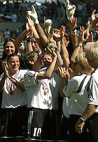 Germany Trophy presentation, Germany vs. Sweden in the 2003 WWC Finals. Germany won 2-1.