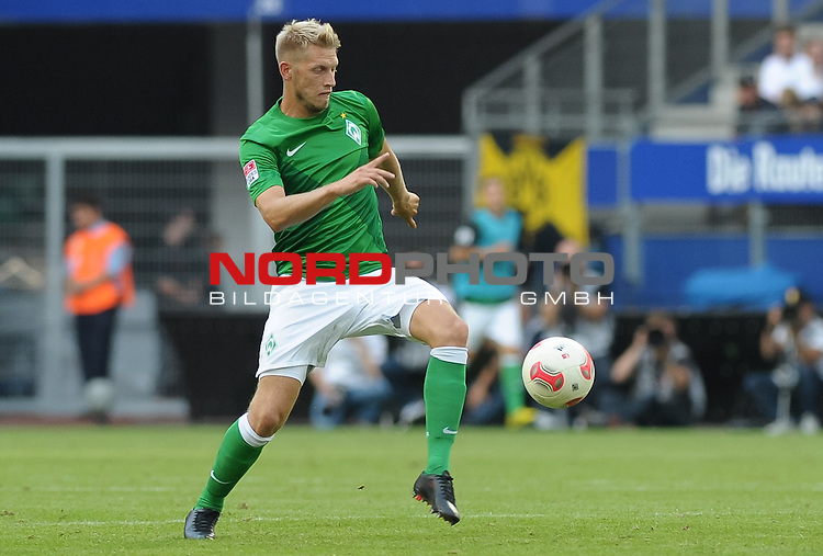 05.08.2012, Imtech Arena, Hamburg, GER, LIGA total! Cup 2012, Borussia Dortmund vs Werder Bremen, im Bild Aaron Hunt (Bremen #14)<br /> <br /> // during the match Borussia Dortmund vs Werder Bremen on 2012/08/05, Imtech Arena, Hamburg, Germany.<br /> Foto &copy; nph / Frisch<br />  Foto &copy; nph / Mathis
