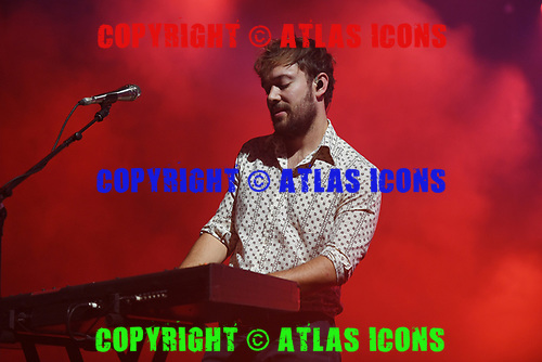 MIAMI, FL - SEPTEMBER 19: Ben Lovett of Mumford & Sons performs at the AmericanAirlines Arena on September 19, 2017 in Miami Florida. Credit Larry Marano © 2017