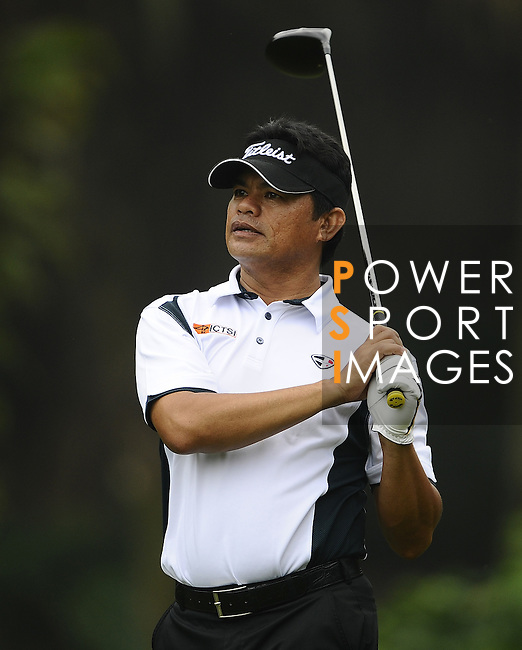 TAIPEI, TAIWAN - NOVEMBER 18:  Frankie Minoza of Philippines tees off on the 16th hole during day one of the Fubon Senior Open at Miramar Golf & Country Club on November 18, 2011 in Taipei, Taiwan. Photo by Victor Fraile / The Power of Sport Images
