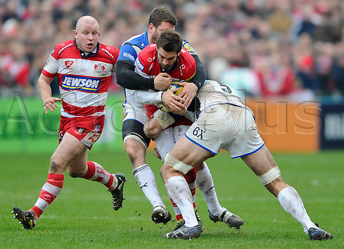 05.03.2011 Aviva Premiership Rugby Union from Kingsholm Stadium. Gloucester Rugby v Bath Rugby. Gloucester Fly-Half (#10) Nicky Robinson tb Bath Lock (#5) Danny Grewcock and Flanker (#7) Luke Watson (c) in the second half