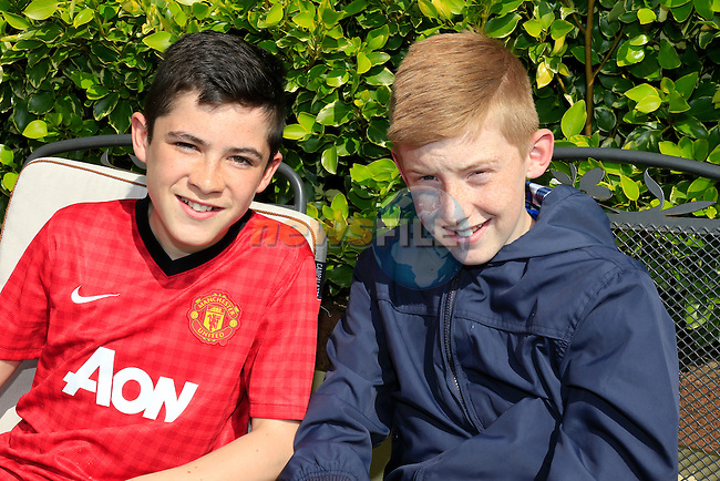 Jake Bedford and Dean Clarke at the bake sale for Alice in Millmount abbey.<br /> Picture: www.newsfile.ie