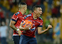 MEDELLÍN -COLOMBIA-13-05-2017: Luis C Arias jugador del Medellín celebra después de anotar un gol al America durante el encuentro entre Independiente Medellín y America de Cali por la fecha 18 de la Liga Águila I 2017 jugado en el estadio Atanasio Girardot de la ciudad de Medellín. / Luis C Arias player of Medellin celebrates after scoring a goal to America during match between Independiente Medellin and America de Cali for date 18 of the Aguila League I 2017 at Atanasio Girardot stadium in Medellin city. Photo: VizzorImage/ León Monsalve / Cont
