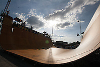 BELO HORIZONTE, MG, 02.11.2013 - CIRCUITO BANCO DO BRASIL - Pista de Skate montada durante apresentacao no Circuito Banco do Brasil no Mega Space em Belo Horizonte, neste sabado, 02. (Foto: Marcos Fialho / Brazil Photo Press).