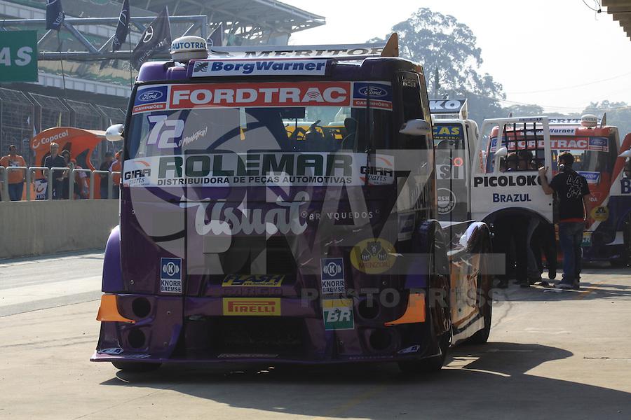 SÃO PAULO, SP, 31.07.2016 - FORMULA-TRUCK -  Djalma Fogaça durante etapa São Paulo da Formula Truck  no Autódromo de Interlagos, na região sul de São Paulo neste domingo (Foto: Adar Rodrigues/Brazil Photo Press)