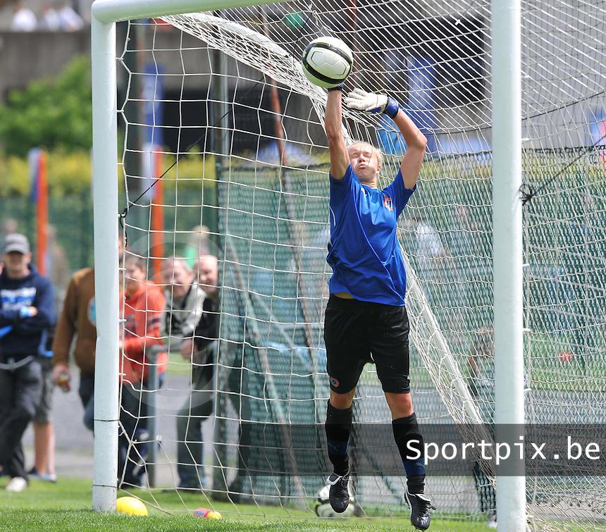 eerste training Club Brugge Dames :  Jana Vanhauwaert.foto DAVID CATRY / Vrouwenteam.be