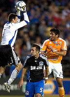 22 May 2008: Earthquakes' goalkeeper Joe Cannon makes a big save during the first half of the game against the Dynamo at Buck Shaw Stadium in San Jose, California.   San Jose Earthquakes and Houston Dynamo are tied 0-0 at halftime.