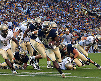 Pittsburgh running back Ray Graham (34) scores on a 15-yard touchdown run. The Pittsburgh Panthers defeated the Navy Midshipmen 27-14 at Heinz Field, Pittsburgh, PA.