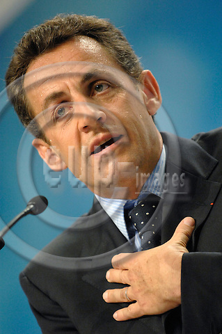 PARIS - FRANCE 18. 04. 2007 -- French conservative presidential candidate Nicolas Sarkozy making a gesture during an electoral meeting in Issy Les Moulineaux, West of Paris, Wednesday April 18, 2007  -- PHOTO: GORM K. GAARE / EUP- IMAGES .....