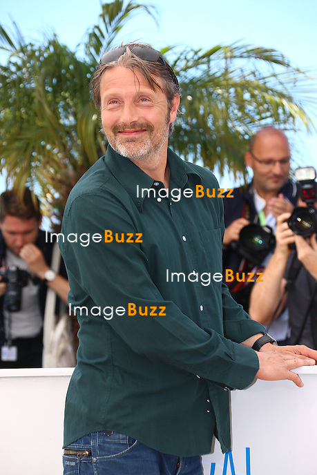 """CPE/ Danish actor Mads Mikkelsen poses during a photocall for the film """"The Salvation"""" at the 67th edition of the Cannes Film Festival in Cannes, southern France, on May 17, 2014"""
