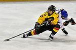 03.01.2020, BLZ Arena, Füssen / Fuessen, GER, IIHF Ice Hockey U18 Women's World Championship DIV I Group A, <br /> Italien (ITA) vs Deutschland (GER), <br /> im Bild Luisa Welcke (GER, #13) setzt sich mit vollem Koerpereinsatz gegen Aurora Abatangelo (ITA, #10) durch<br /> <br /> Foto © nordphoto / Hafner