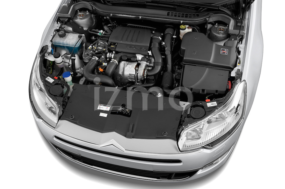 High angle engine detail of a 2010 Citroen C5 Dynamique 5 Door Wagon 2WD