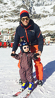 Princess Estelle of Sweden makes her debut on skis - Italy
