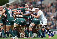 A general view of a scrum as the front rows pop up. Aviva Premiership match, between Leicester Tigers and Bath Rugby on September 3, 2017 at Welford Road in Leicester, England. Photo by: Patrick Khachfe / Onside Images
