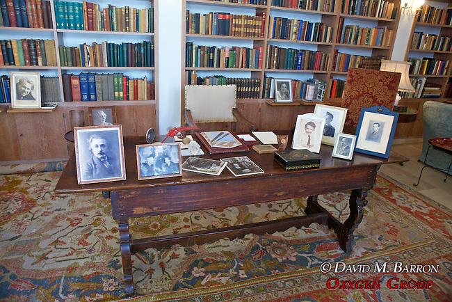 Chiam Weizmann's Desk